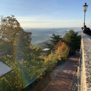 Prima Torre San Marino experience visita guidata turistiche rimini panorama monte collina outdoor natura storia tradizioni cesta montale guaita