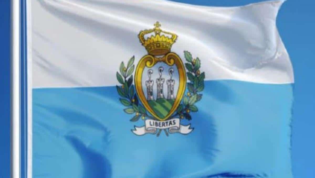 san marino bandiera stemma repubblica bianco azzurro visite guidate guida turistica guide territorio storia monete rimini montefeltro