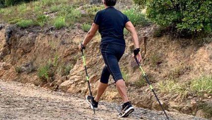 Nordic Walking San Marino Experience passeggiata camminare passeggiare bastoncini natura parchi rimini mare Beach Summer estate boschi Riccione riviera montefeltro ferrovia montecerreto